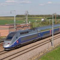 TGV - LGV Sud-Est - TGV Duplex - Passage en ligne//LEVEQUEPATRICK_1047.027/Credit:Patrick Leveque/SIPA/1604201059
