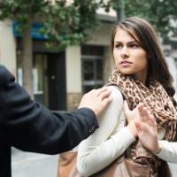 Paris lance une campagne contre le harcèlement de rue