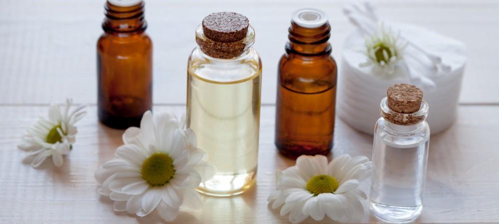 Les huiles essentielles à utiliser avec précaution !
