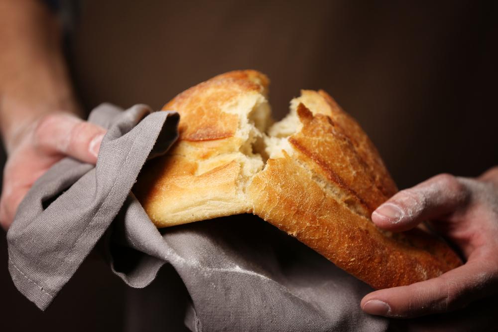 un homme trouve une lame de rasoir dans son pain reponse conso. Black Bedroom Furniture Sets. Home Design Ideas
